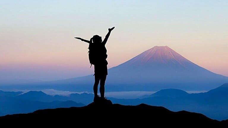 登山で登頂