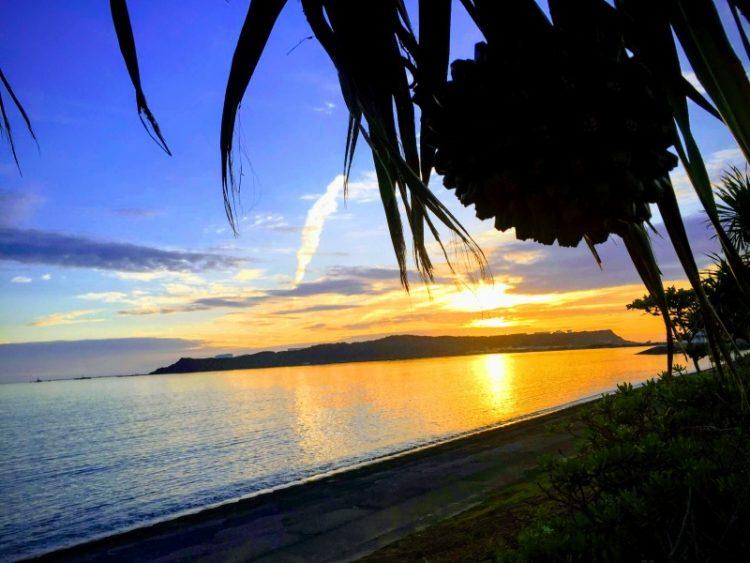 海中道路からの朝日