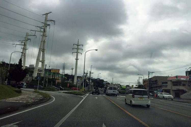 宜野湾市伊佐の交差点