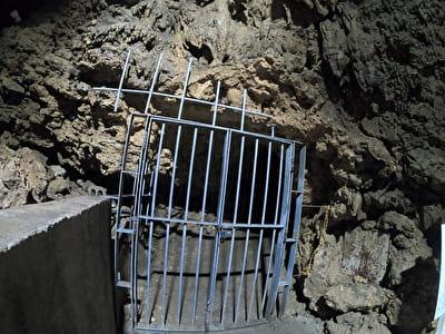 琉球八社金武宮と鍾乳洞の奥